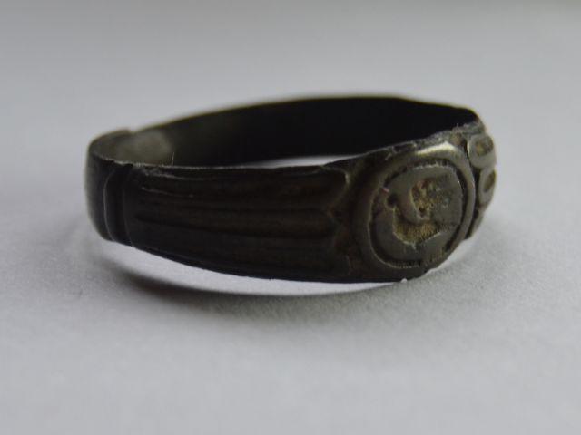 кольцо бронза птица